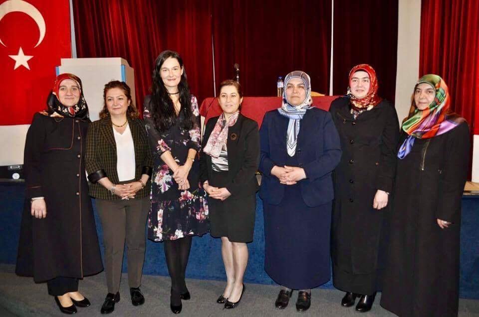 Dünya Kadınlar Günü ve Aile Semineri Programlarına Büyük İlgi